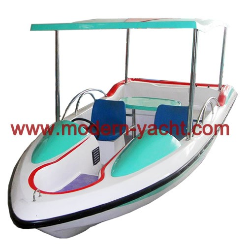 4 Riders electric boat with car shape